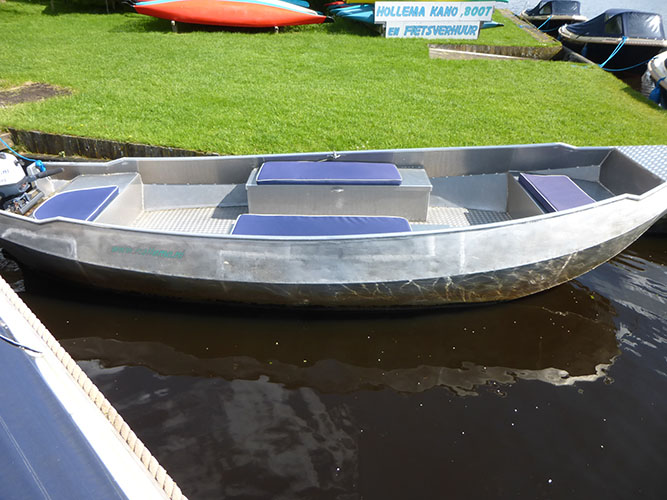 hanzeschouw-motorboot-huren-hollema-eernewoude